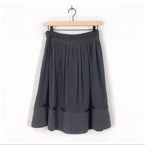 Marc Jacobs Gray Silk Pleated Skirt Size 2